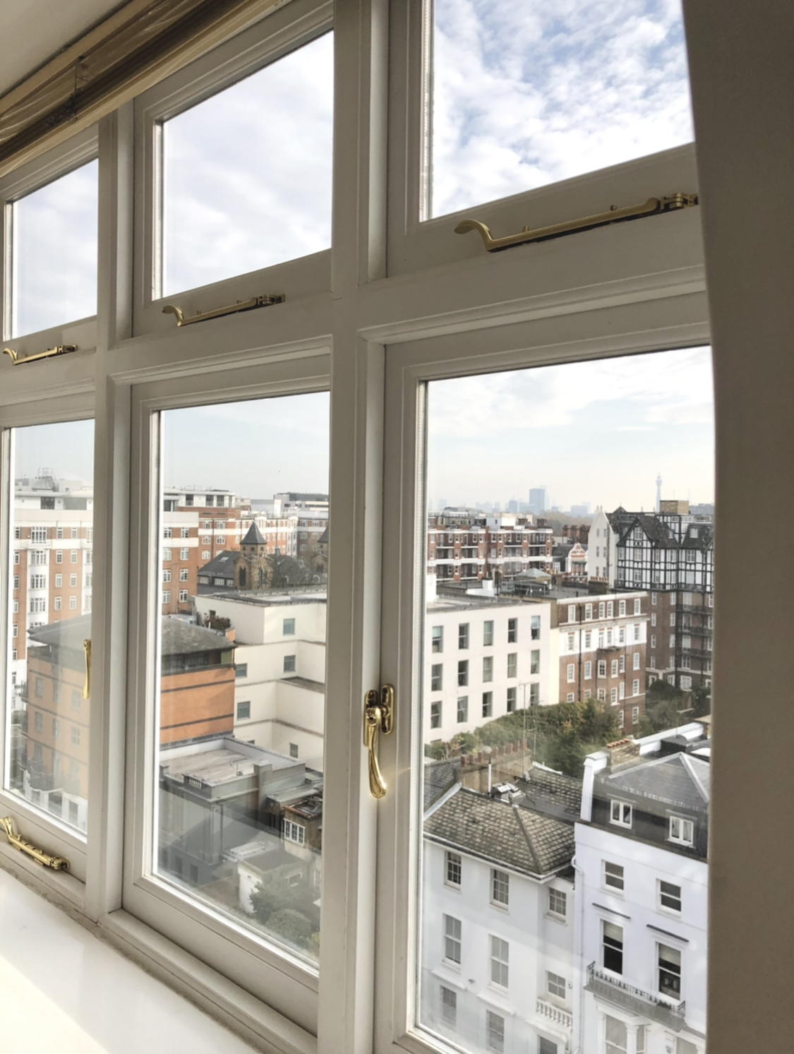 Lovely Studio Flat With Amazing Views Of London